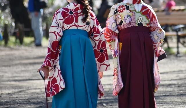 袴は着物買取でいくらで売れる?平均買取相場は?